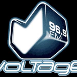 Voltage 96.9 FM Paris - Décembre 1996  «La première radio qui fait danser la vie»