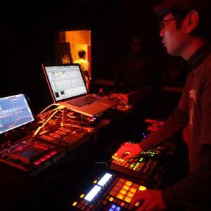"Hataken - Live ""Tanz Rhythmen"" @ 11h (Aoyama Loop) 1/22/2013"