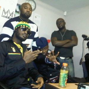 Teddy Abrokwa Radio ft 5Five Iwan #LiveFromLondon VOAR94FM - 10.03.11