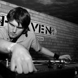 Pincet Podcast 004 - DJ Mnial