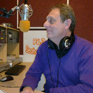 TW9Y 24.1.13 Best ever cover versions Hour 2 with Roy Stannard on www.seahavenfm.com