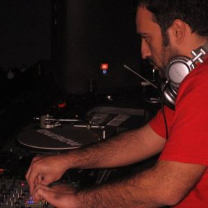 Balearic sessions show as transmited live from Liquidfm.gr 8/2/2012