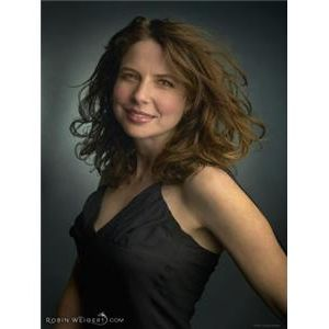 Welcome Actress Robin Weigert & Joe Symes & the Loving Kind
