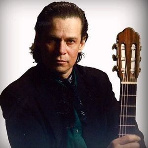 JORGE MILLER MUSICO FLAMENCO/DIVINA RADIO/CONDUCE GUADALUPE DIVINA