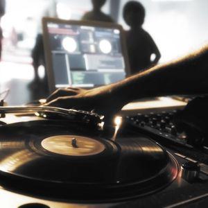 TURN IT UP - Des platines et du mix hip-hop - 10 novembre 2015