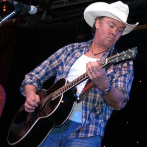 Paul Young on Chris Smith's Country Music Show