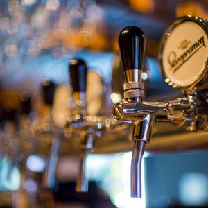 DOSSIER SPÉCIAL: Politique d'alcool de l'Université de Moncton