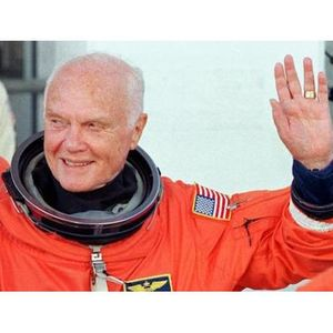 1DimitriRadio: John Glenn, NASA and those Nazi rocket scientists