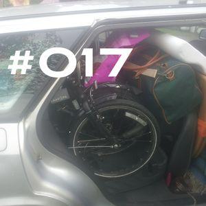 #017 ~ D90 ~ 28th August 2012 ~ Purple Radio