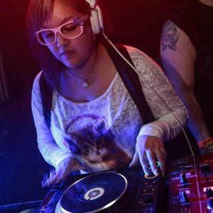 Kittie Lynne LIVE set @ Animalistic