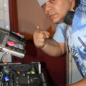 DJ LYNX POP & TOP40 MIX