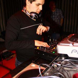 Underground Showcase live at the Cellar With Fredinho & Marlon