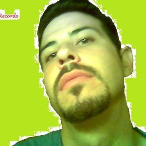 CarlosGarate@Whistle Studio 09-12-2009