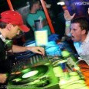 DJ LATECH - MAHAGÁNSKA KURVA -= www.facebook.com/djlatech =-