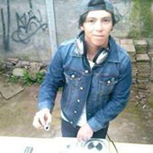 MAX CAVIEDES - HARDTECHNO NEVER DIE (JUNIO 2017 CHILE)
