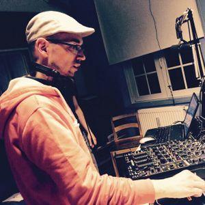 Mixtrack oktober 2011 (B)