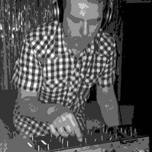 DJ Richard Lee (aka Joy Foundation) funky groovy house mix 16/5/12
