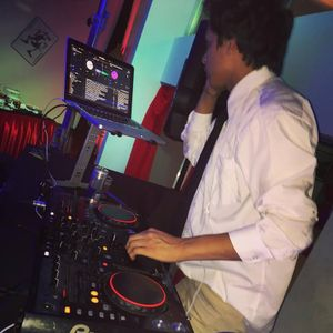 MIX 1000 LIKES - DJ ANDRETTY ADELANTO