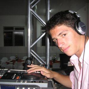 Deejay Xande - X-Mix Dance 2011 (Remix Mashup Mix).mp3