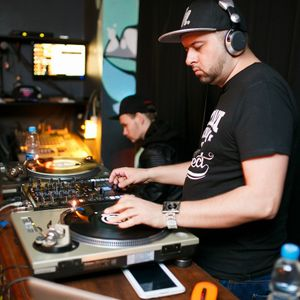 DJ Paul Sitter - live @ Young Agraries 2017