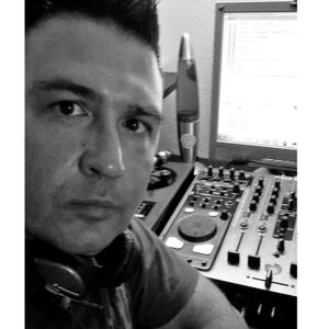 Pure deep Summer 2012 live dj set from Libarium  10/8/12 alex manzo mixing