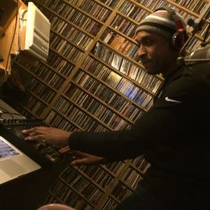 89.5 WPKN with DJ Dark Flow. A Drift In the Airwaves show... 11/28/2012
