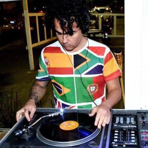 DjDemo Coppola (Afrika Beat Records) - Old Is Chic