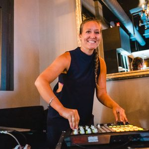 Extremely Popular Mix - Dj Emilita Nov. 3rd Corporate Dance Party