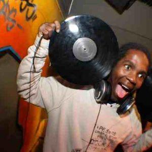 DJ SPIND 30 MIN MIX UP (BASHMENT)