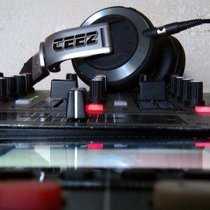 HouseMixx 5 (Mixed by DJ CEEZ)