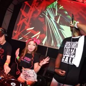 2015-06-26-WOMB-PreView