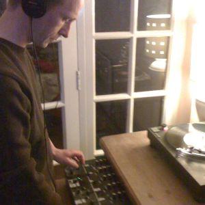 Doctor Jones. House Mix 9/8/2012