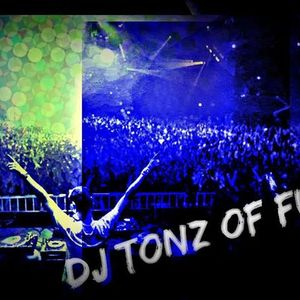 DJ Tonz of Fun Mix 1