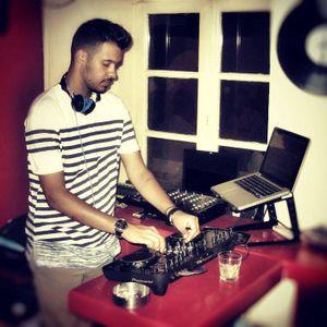 Dj Theo-Warm Up Mix 2012