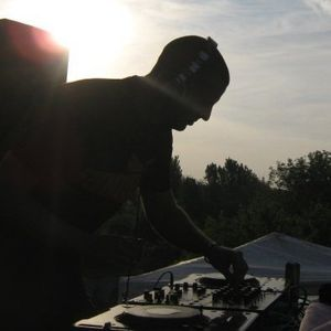 DJ Blu3army (Wicked Forest) - Anger Managment 2011