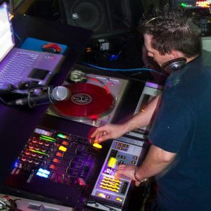 "Dj Heavy pres... ""The djmixcd v15.08"" [22 November 2015] ..."