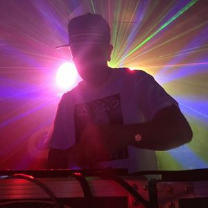 DJ 80N3 - Sky Bar Live (8-30-2012)