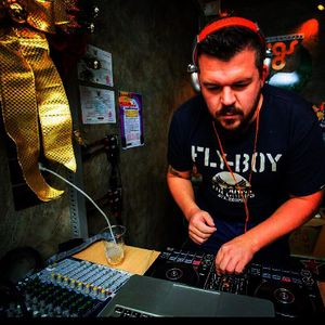 DJ CHRIS H , DEB-STEP ELECTRONIC