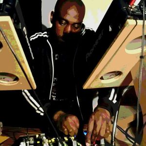 UKG 80 MIN SHAKEDOWN - MIXED BY MIKEY DJ - MARCH 2011- MP3