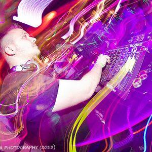 Miguel Robles - Promo Mix Agosto 2012