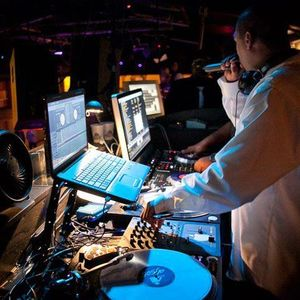 DJ Slim SUMMER MIXDOWN 2013-VOL 1