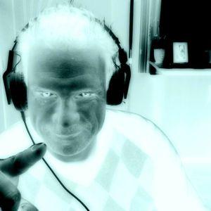 Listen to me (House, Tech & Minimal)