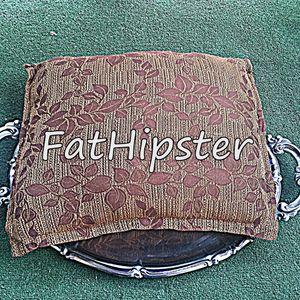 FatHipster #1: Jastuk na poslužavniku vol.1