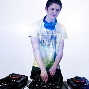 DJ GREEN Electro House Mix February 2012 Enjoy!