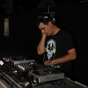 Set Episode 37 Part 2 by Dj Cino Apr-2012