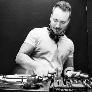 DJ Flo Flame - The Mash House Mix (Welcome 2011)