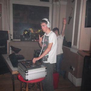 DJ Kavs anything go's