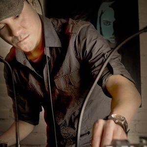 Tom Tom Feb 2016 Mix