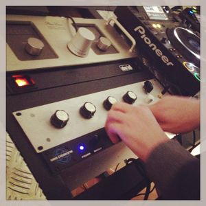 Testing a new rotary mixer - For the love of house music