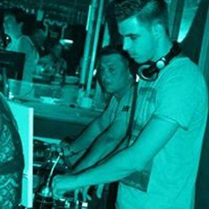 Short Party Mix - August